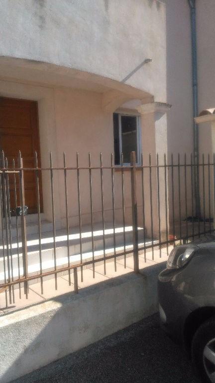 Rental apartment La crau 900€ CC - Picture 1
