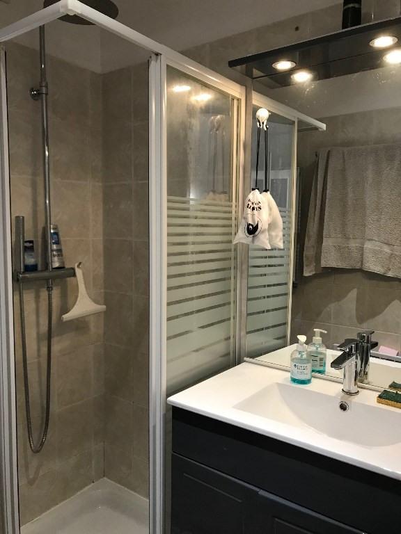 Alquiler  apartamento Vidauban 290€ CC - Fotografía 3