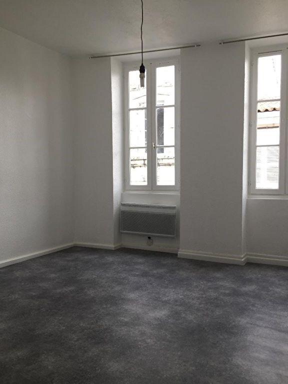 Rental apartment La rochelle 650€ CC - Picture 1