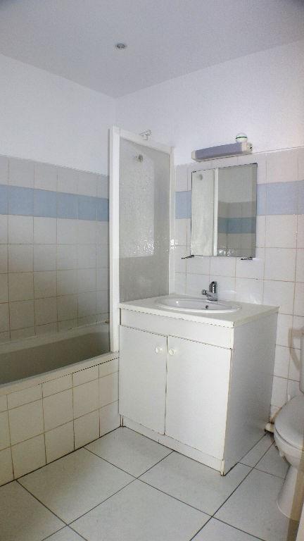 Affitto appartamento Toulon 410€ CC - Fotografia 5