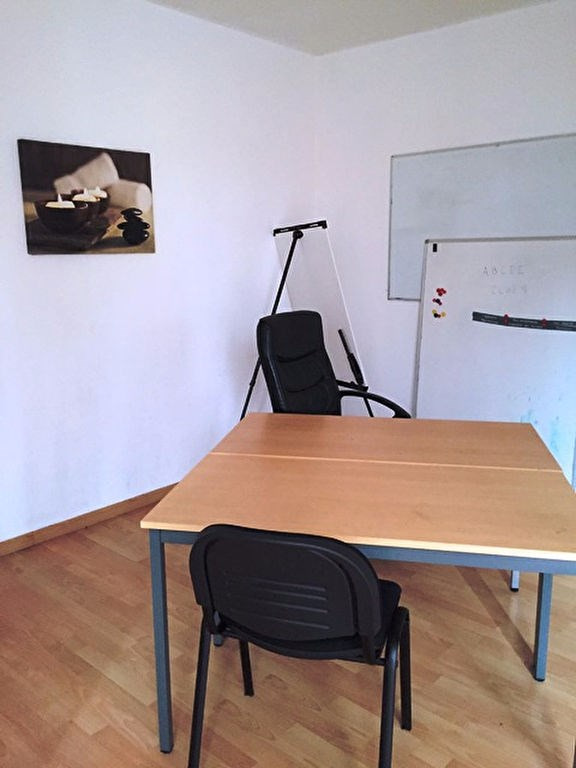 Sale empty room/storage Meaux 110000€ - Picture 3