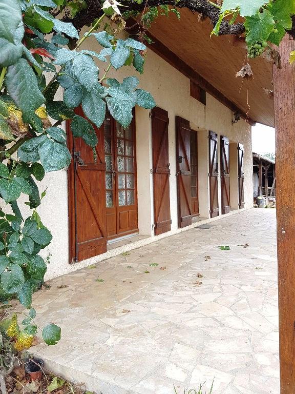 Sale house / villa Riscle 98000€ - Picture 1