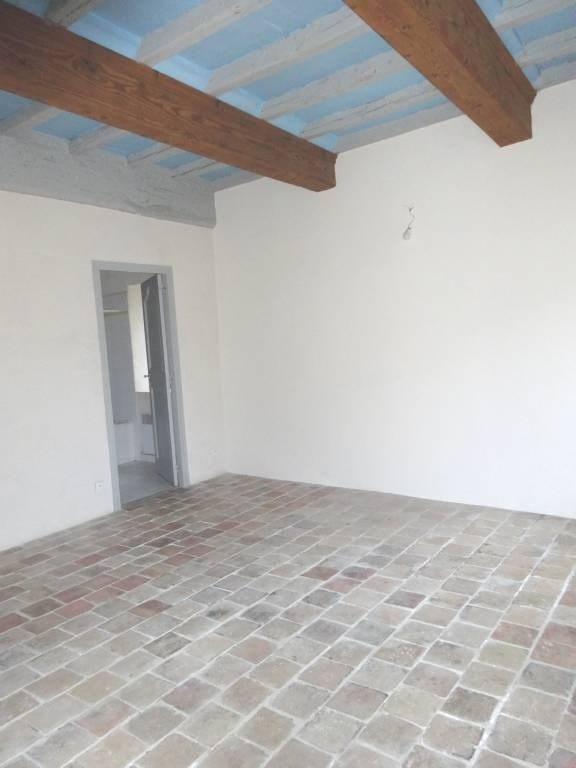 Alquiler  apartamento Barbentane 650€ CC - Fotografía 3