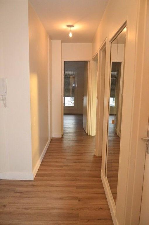 Locação apartamento Rueil malmaison 1300€ CC - Fotografia 2