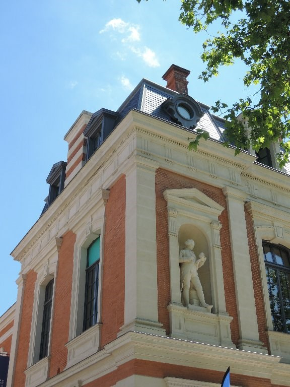 Sale apartment Toulouse 364 000€ - Picture 1