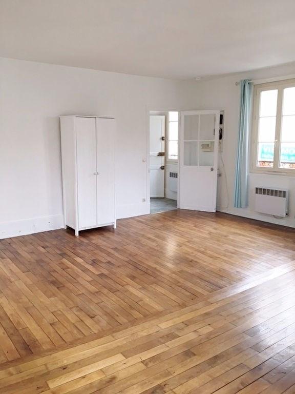 Rental apartment St germain en laye 699€ CC - Picture 2