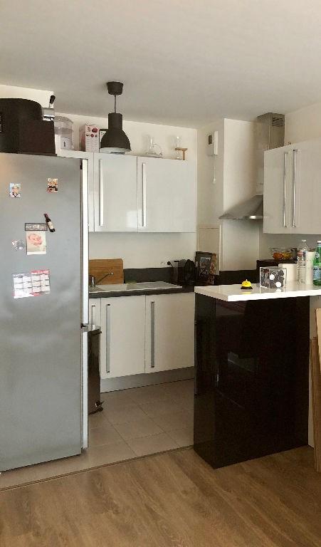 Location appartement Acheres 825€ CC - Photo 5