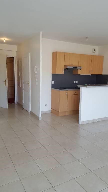 Rental apartment Arpajon 721€ CC - Picture 10