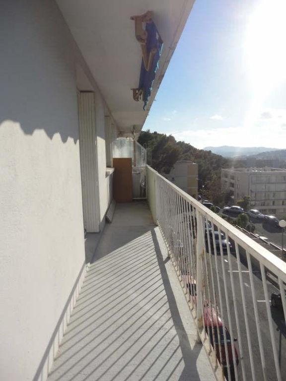Rental apartment Le revest les eaux 757€ CC - Picture 1