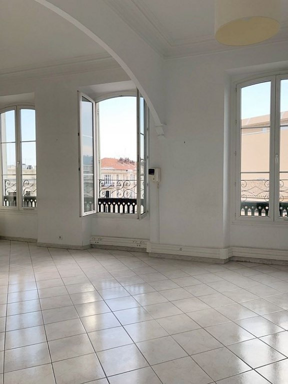 Vente de prestige appartement Nice 580 000€ - Photo 2