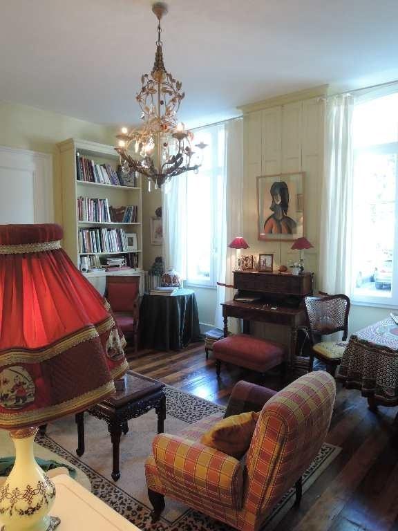 Sale apartment Bagneres de luchon 217000€ - Picture 3