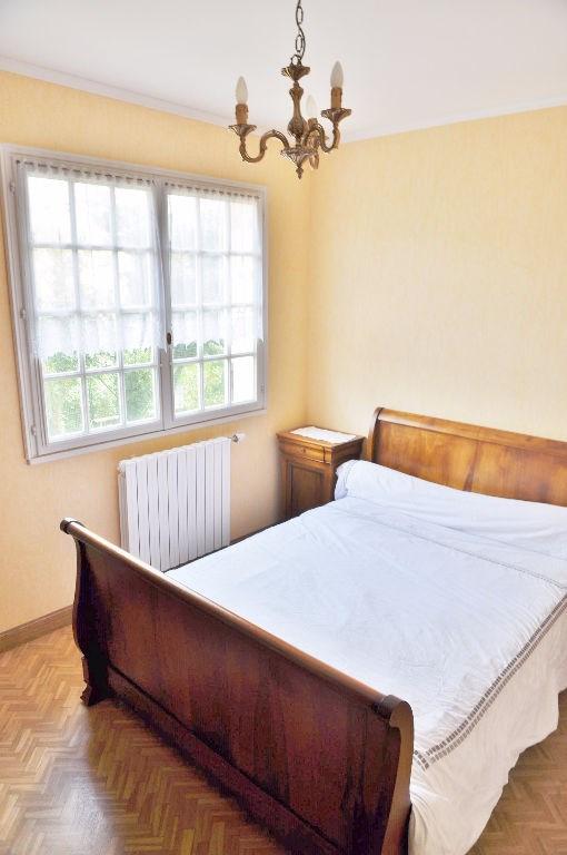 Sale house / villa Laval 166700€ - Picture 6
