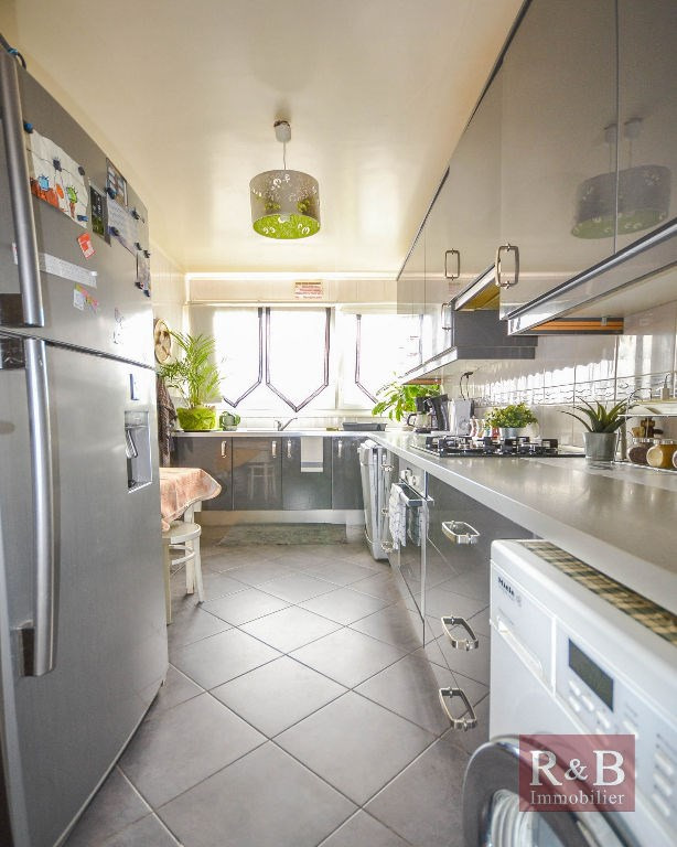 Vente appartement Plaisir 198 000€ - Photo 2