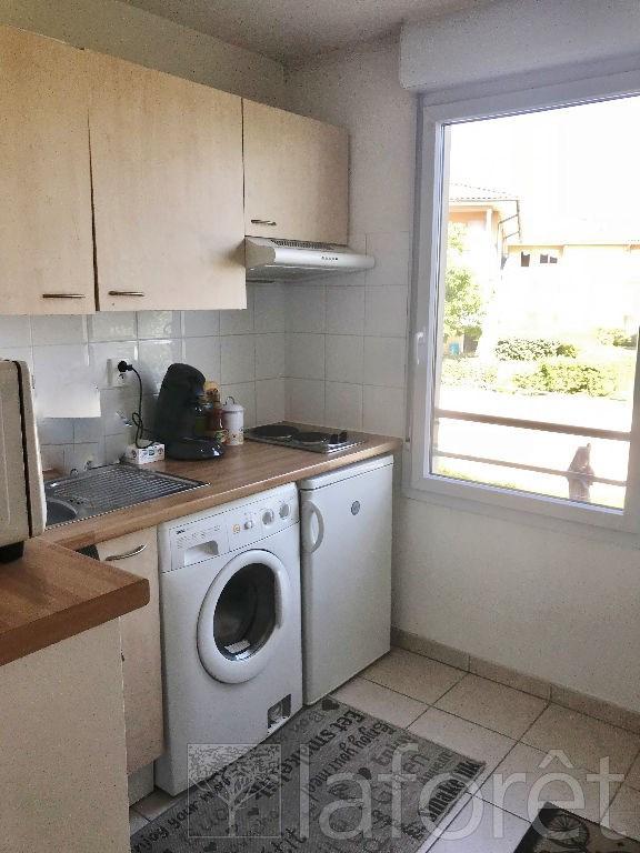Sale apartment L isle d abeau 112875€ - Picture 2