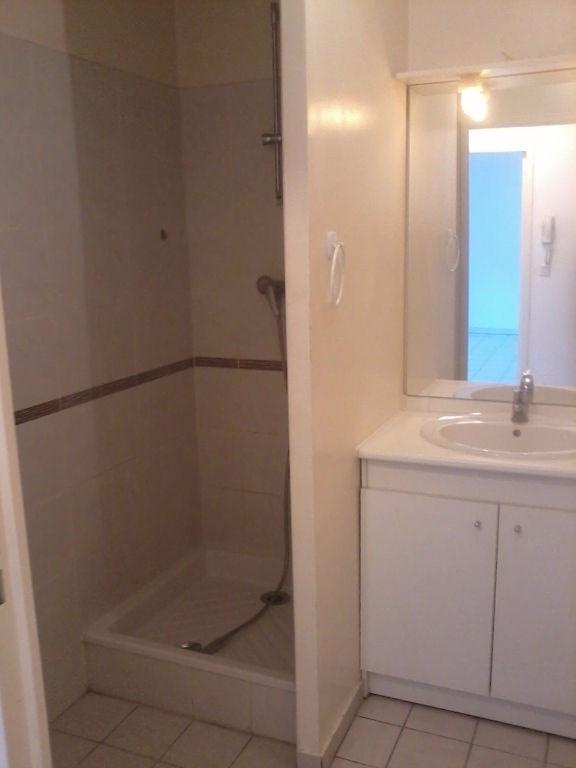 Rental apartment Bourgoin jallieu 491€cc - Picture 5