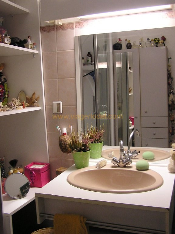 Life annuity apartment Hyères 37 000€ - Picture 8