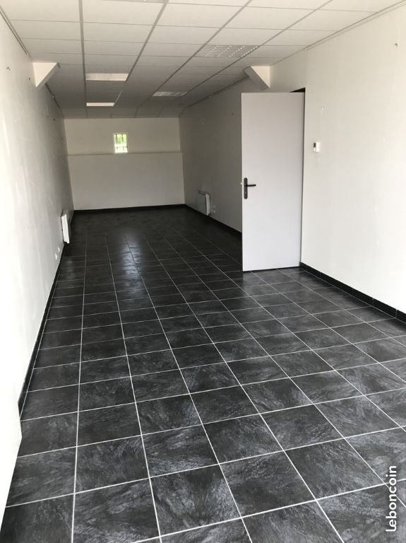Location local commercial Auxerre 800€ HC - Photo 6