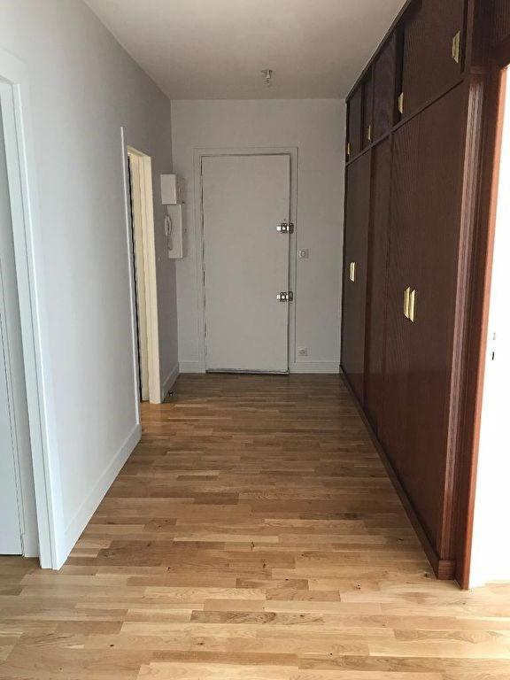 Rental apartment Vaucresson 1490€ CC - Picture 2