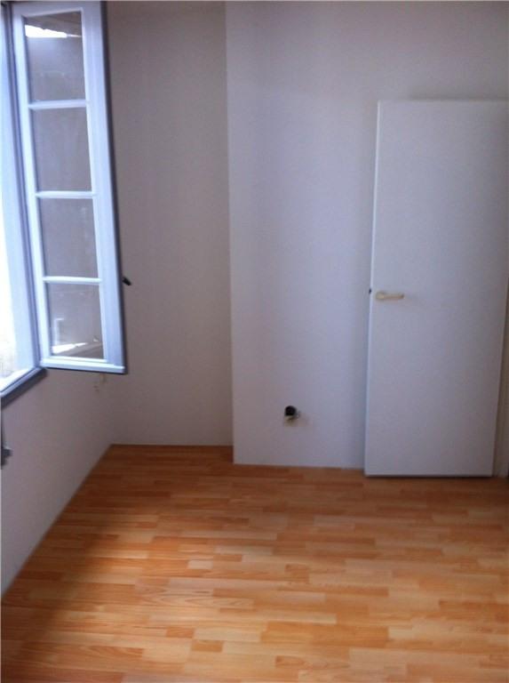 Location appartement Libourne 487€ CC - Photo 2