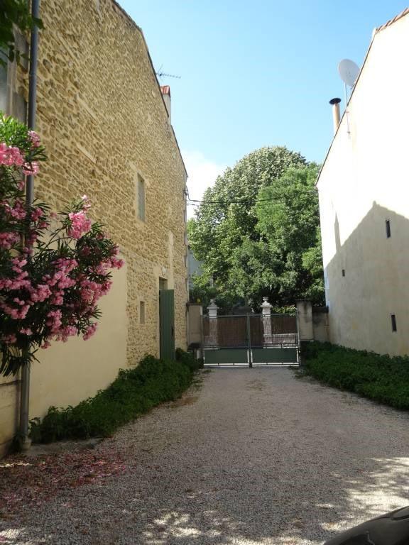 Rental house / villa Rognonas 1700€ CC - Picture 4