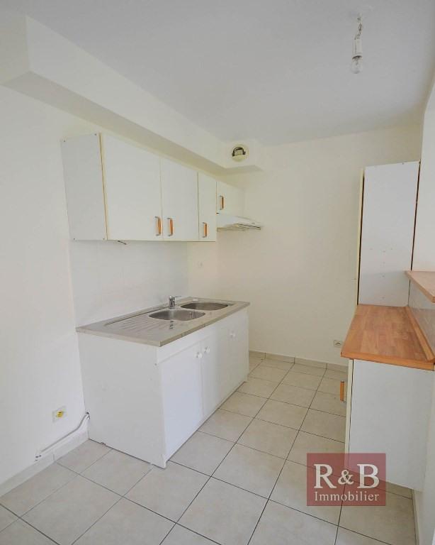 Sale apartment Plaisir 178500€ - Picture 6