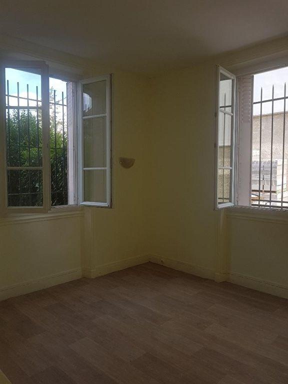 Location appartement Saint germain en laye 1110€ CC - Photo 2