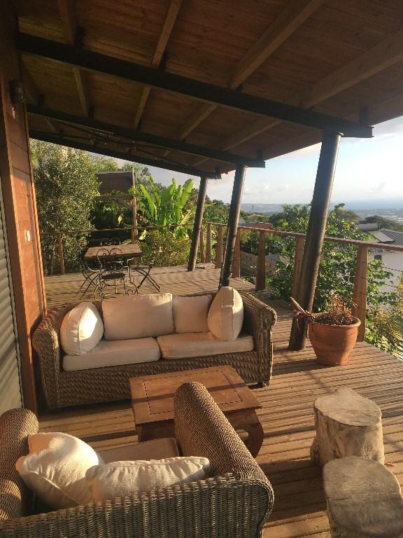 Location maison / villa La possession 1600€ CC - Photo 2