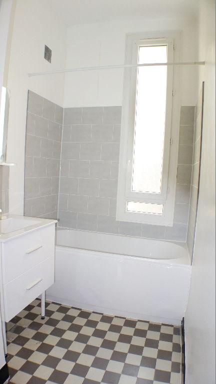 Alquiler  apartamento Toulon 600€ CC - Fotografía 2