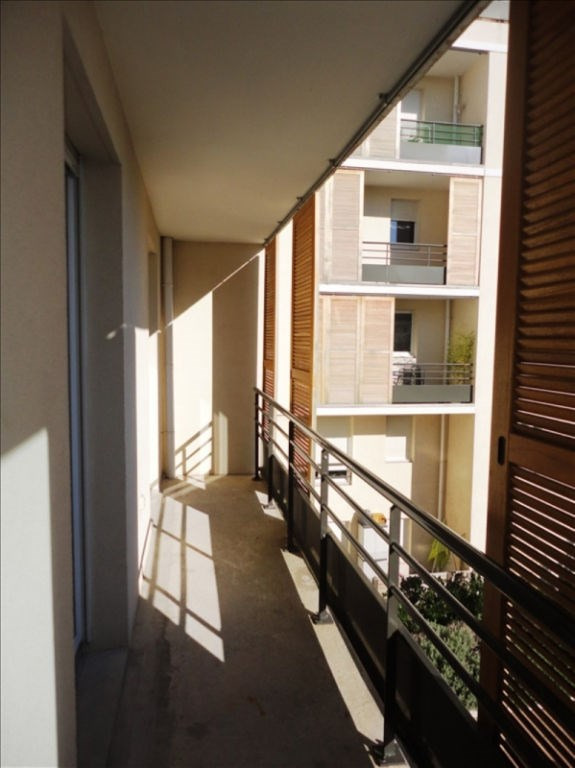 Location appartement Seyne sur mer 686€ CC - Photo 1
