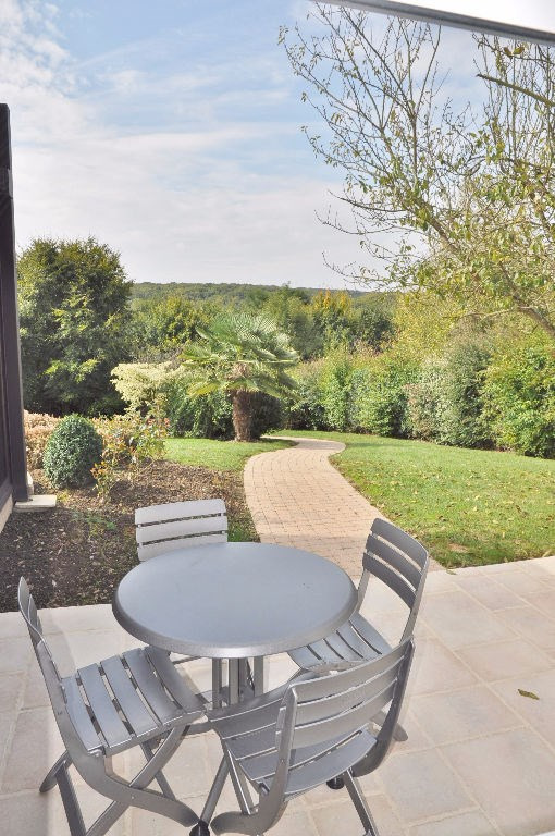 Deluxe sale house / villa Saint berthevin 582000€ - Picture 8