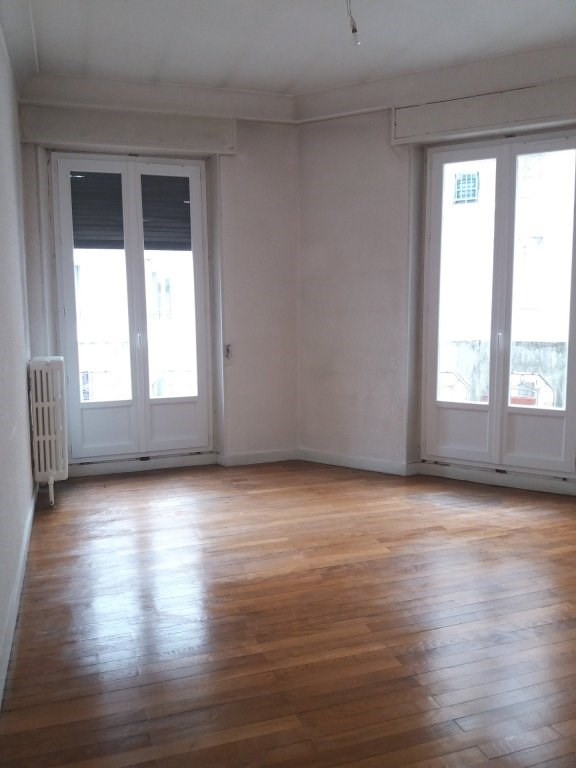 Sale apartment Grenoble 210 000€ - Picture 2