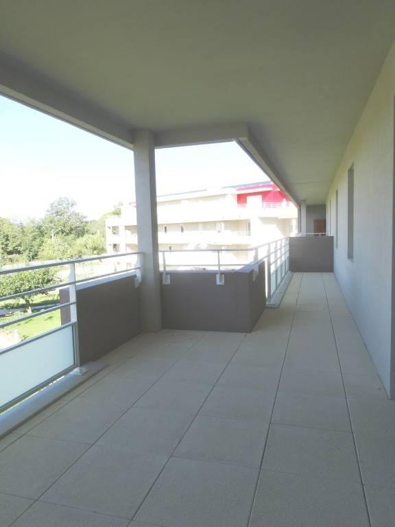Rental apartment Montfavet 925€ CC - Picture 2