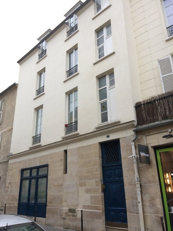 Location appartement Paris 4ème 1146€ CC - Photo 5