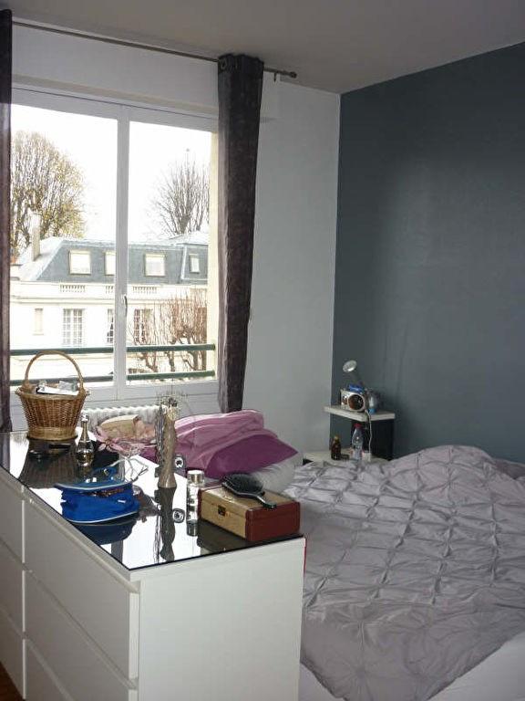 Rental apartment St germain en laye 1105€ CC - Picture 2