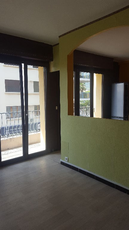 Sale apartment Hyeres  - Picture 3