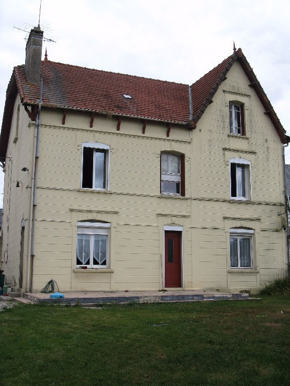 Maison secteur Marseille En Beauvaisis 280 m²
