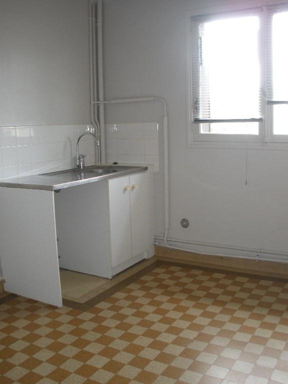 Rental house / villa Conflans sainte honorine 1136€ CC - Picture 7