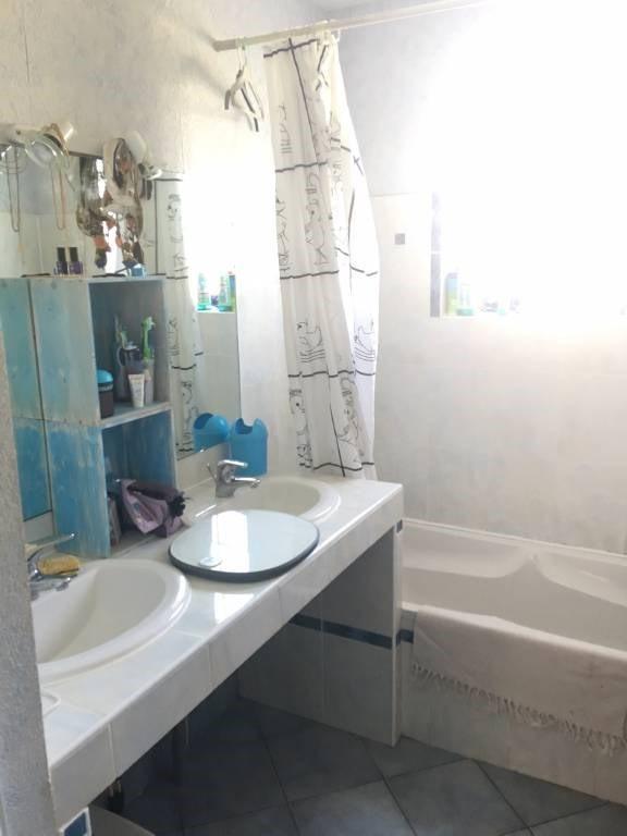 Rental house / villa Prignac-et-marcamps 604€ CC - Picture 7