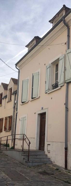 Location appartement Chambourcy 738€ CC - Photo 1