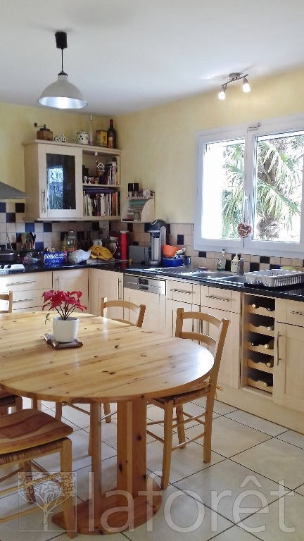 Vente maison / villa Bourgoin jallieu 379000€ - Photo 4