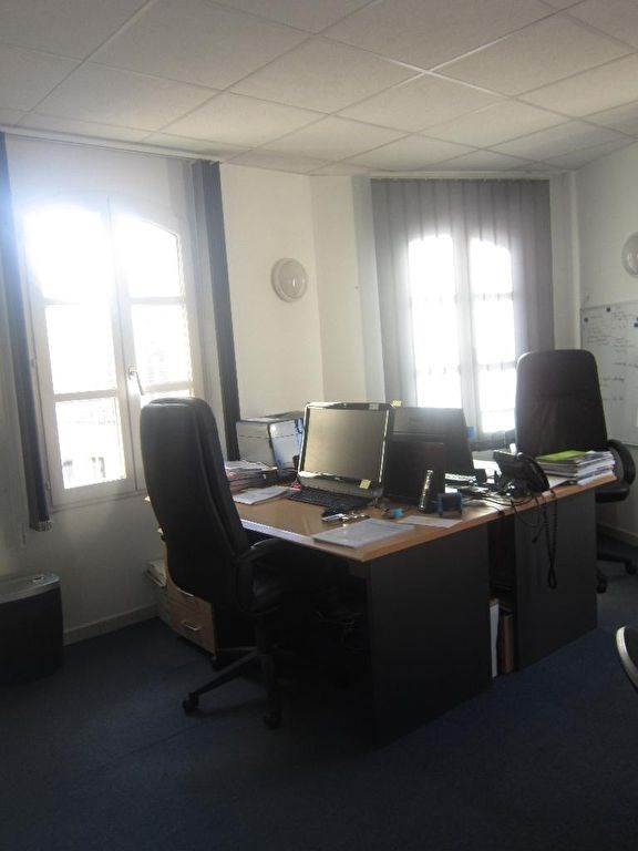 Location bureau Lambesc 845€ HC - Photo 3