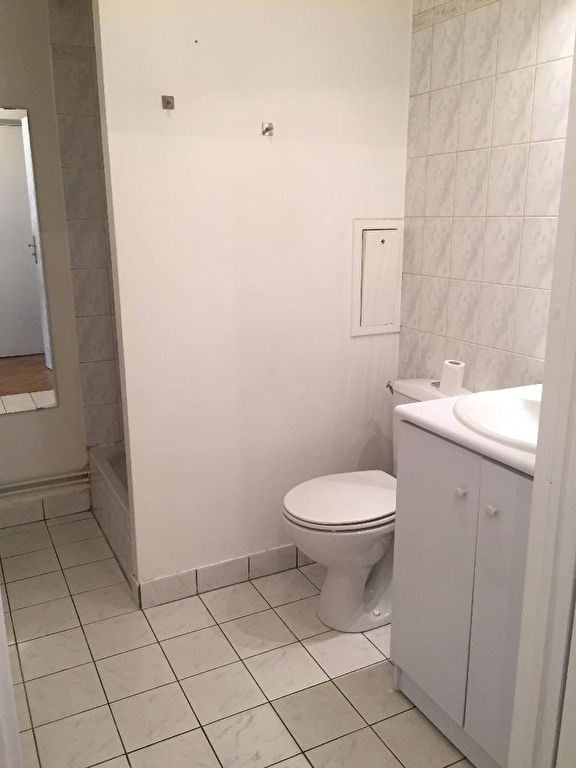 Location appartement Levallois perret 672€ CC - Photo 3