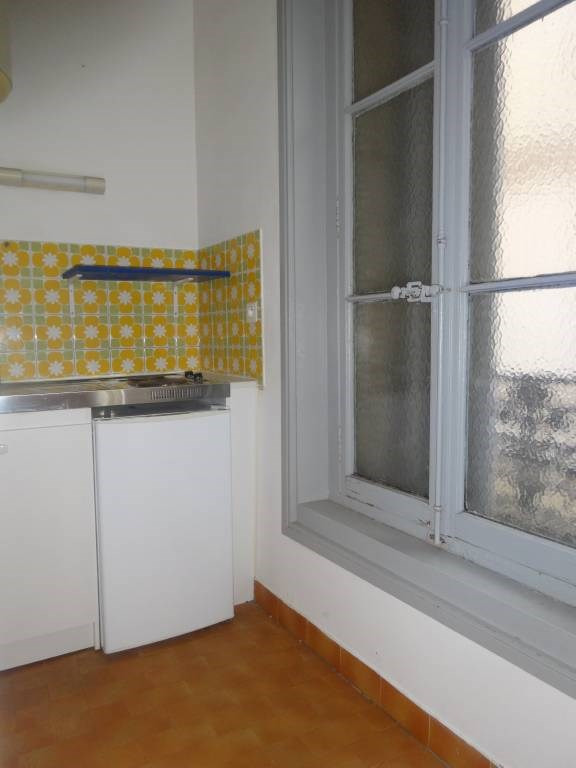 Location appartement Avignon 326€ CC - Photo 3