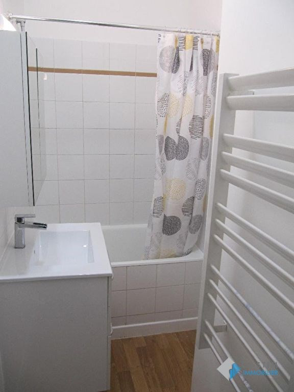 Location appartement Issy les moulineaux 796€ CC - Photo 3