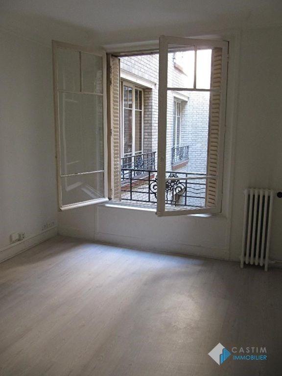 Rental apartment Paris 15ème 782€ CC - Picture 1