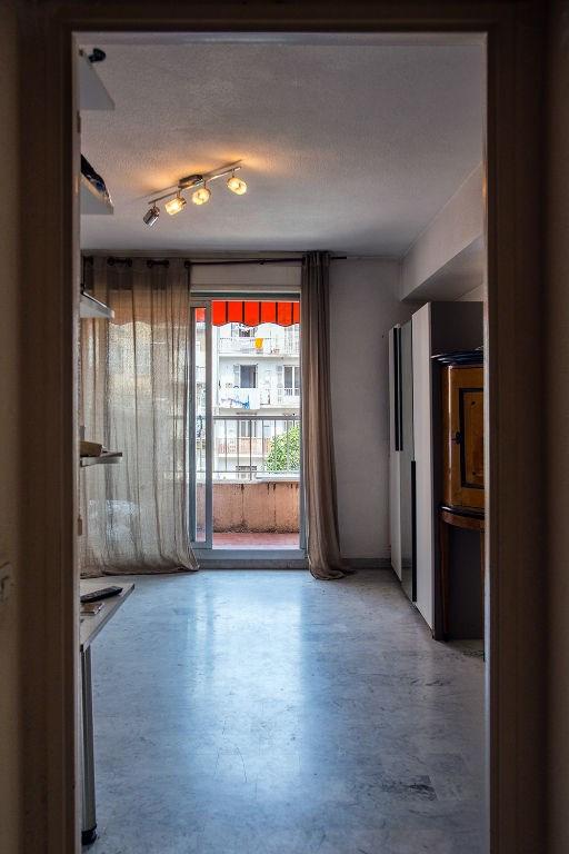 Verkoop  appartement Nice 169000€ - Foto 6