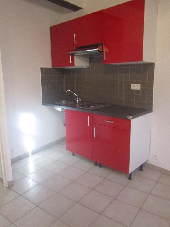 Affitto appartamento Lambesc 650€ CC - Fotografia 2