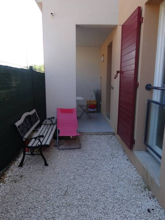 Rental apartment Montfavet 390€ CC - Picture 2