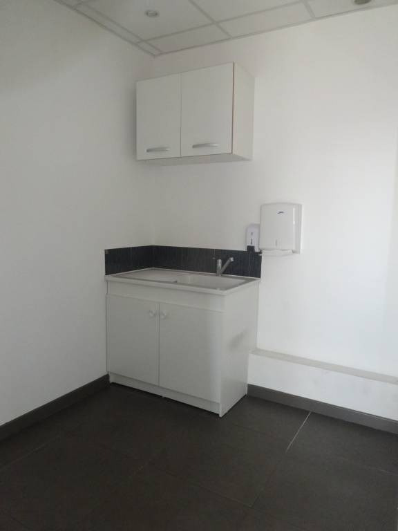 Rental office Avignon 1 000€ CC - Picture 7