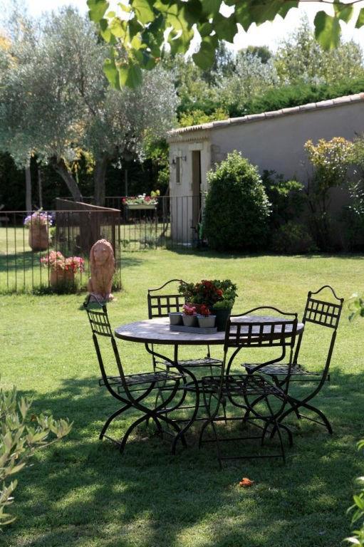 Revenda residencial de prestígio casa Rochefort du gard 625000€ - Fotografia 4